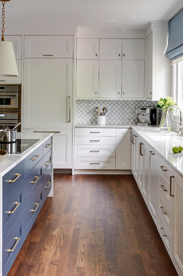 kitchen-interior-design-hardwood-floors-white-cabinets-redux